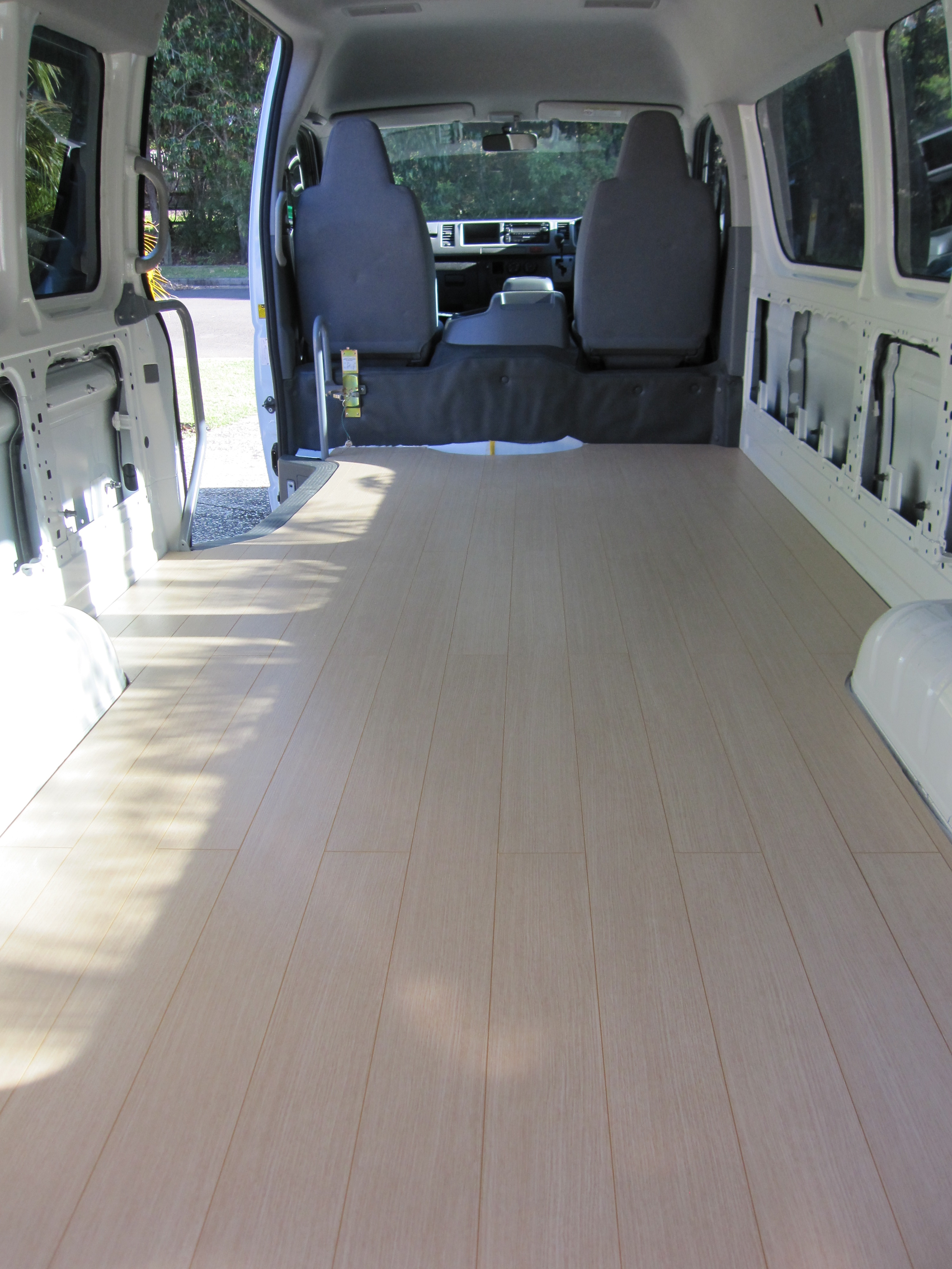 Operation Flooring How To Fit A Laminate Floor In Tiny